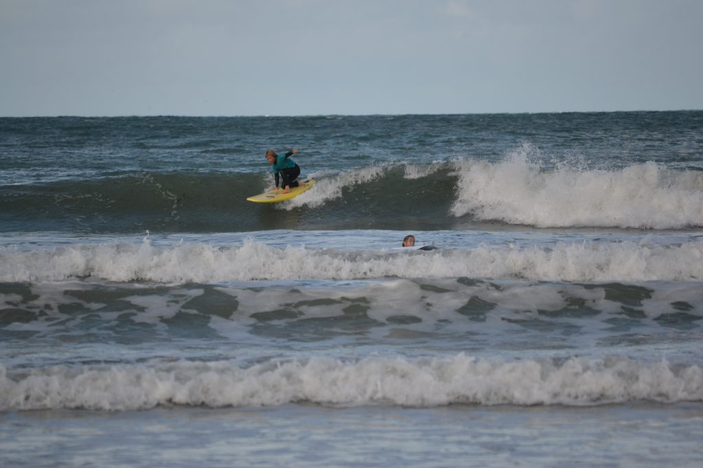 surf au moulin de la rive proche de morlaix lannion dsc_0501